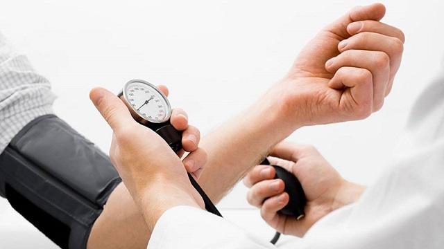 Đo huyết áp cách nào chính xác? - Ảnh 1
