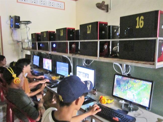 Nghiện game online: 16 tuổi mà như 5 tuổi - Ảnh 1