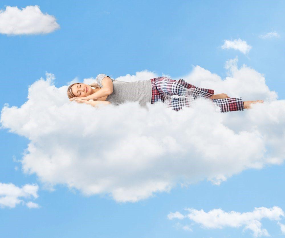 Sự thật về lợi ích của việc nằm nghiêng, nằm ngửa khi ngủ - Ảnh 1