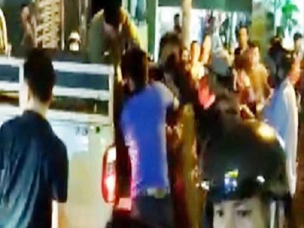 5 nam sinh Sài Gòn bị điều tra trong vụ án mạng - Ảnh 1