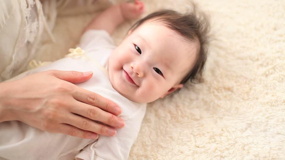 Bật mí những điểm đặc biệt về giấc ngủ trẻ sơ sinh giúp cha mẹ tự tin chăm con - Ảnh 1