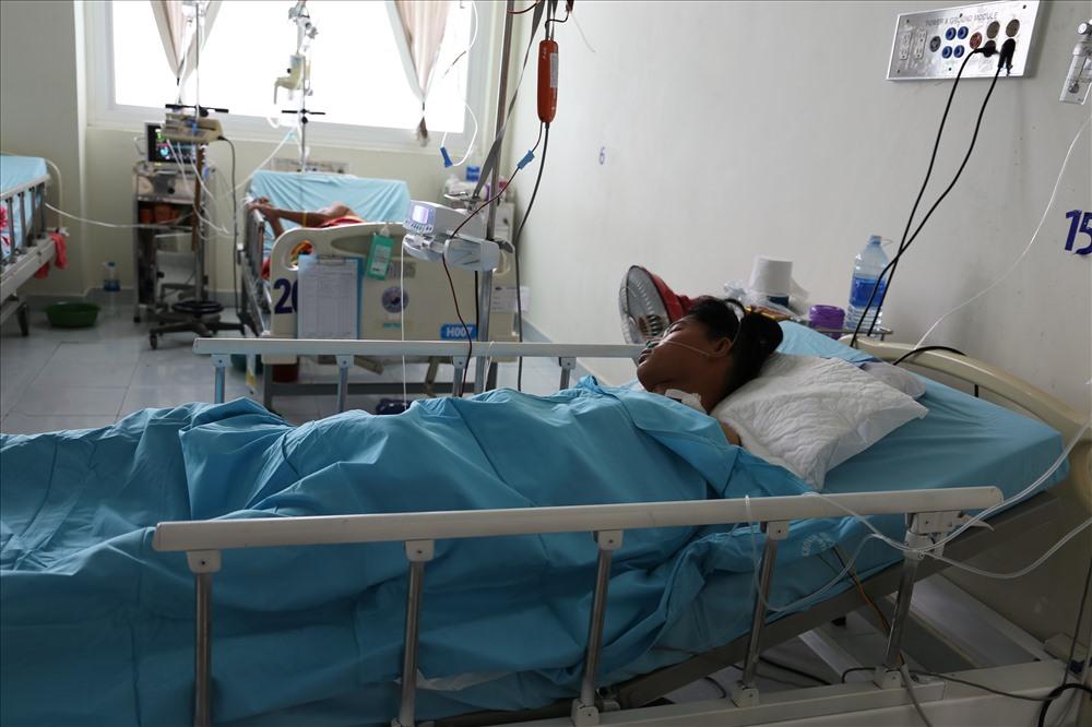 """Cứu sống bệnh nhân chấn thương khung chậu nhờ """"nút mạch cầm máu"""" - Ảnh 2"""