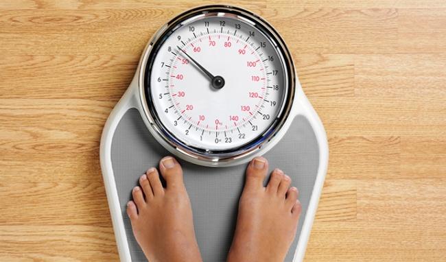 Kiểm soát cân nặng để ngăn ngừa bệnh béo phì, máu nhiễm mỡ, cao huyết áp