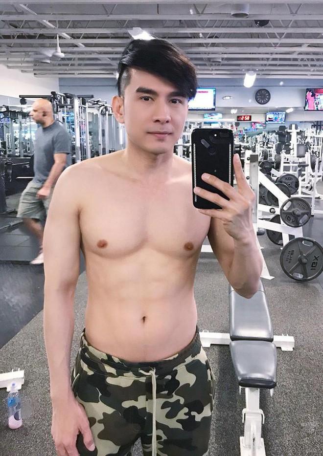 Dàn sao nam U40của showbiz Việt cởi áo khoe body 6 múi khiến fan mê mẩn - Ảnh 1