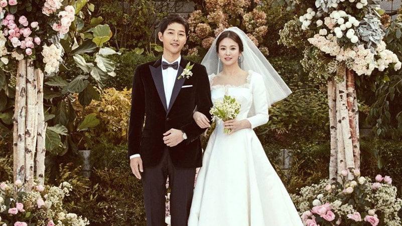 Vì sao Song Hye Kyo - Song Joong Ki bị đồn ngoại tình và ly hôn? - Ảnh 1