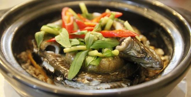 Món lươn nấu gân bò có tác dụng bổ thận, tráng dương, mạnh gân cốt,... giúp quý ông tăng cường sinh lực cho