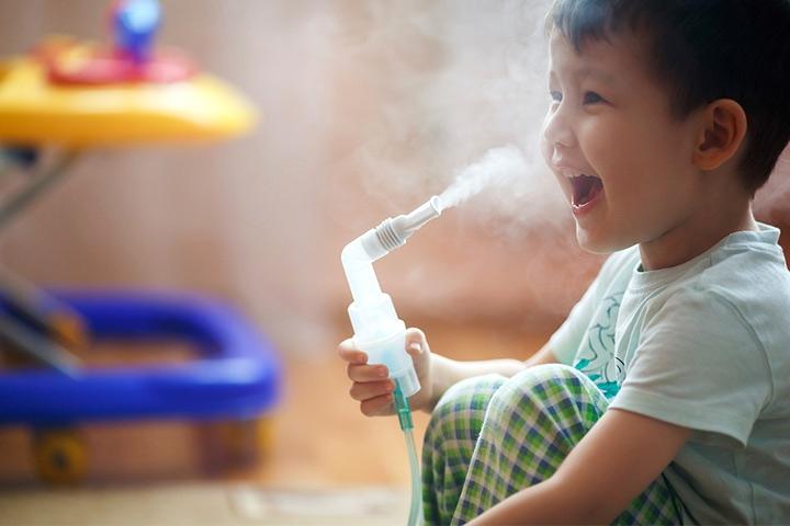 Nơi ở thoáng mát, sạch sẽ sẻ giúp giảm nguy cơ mắc các bệnh về đường hô hấp ở trẻ, đặc biệt là cảm lạnh. Ảnh minh họa: Internet
