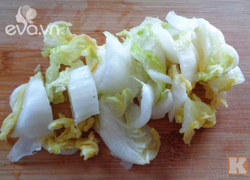 Cải thảo muối chua cay đơn giản, dễ làm - Ảnh 2