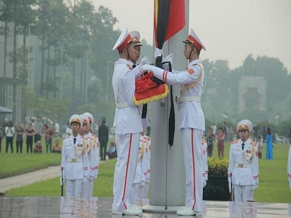 Lễ thượng cờ rủ cố Tổng Bí thư Đỗ Mười - Ảnh 1