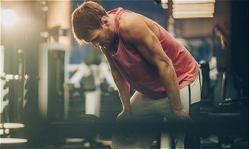 4 dấu hiệu cho thấy cơ thể đang mất dần cơ bắp - Ảnh 1