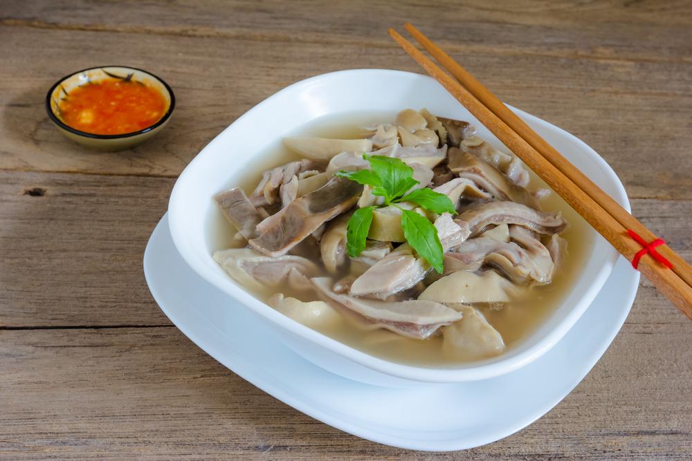 Người bị thận yếu nên ăn món canh bao tử heo khoảng 2-3 lần mỗi tuần và liên tục trong vòng 7-10 ngày