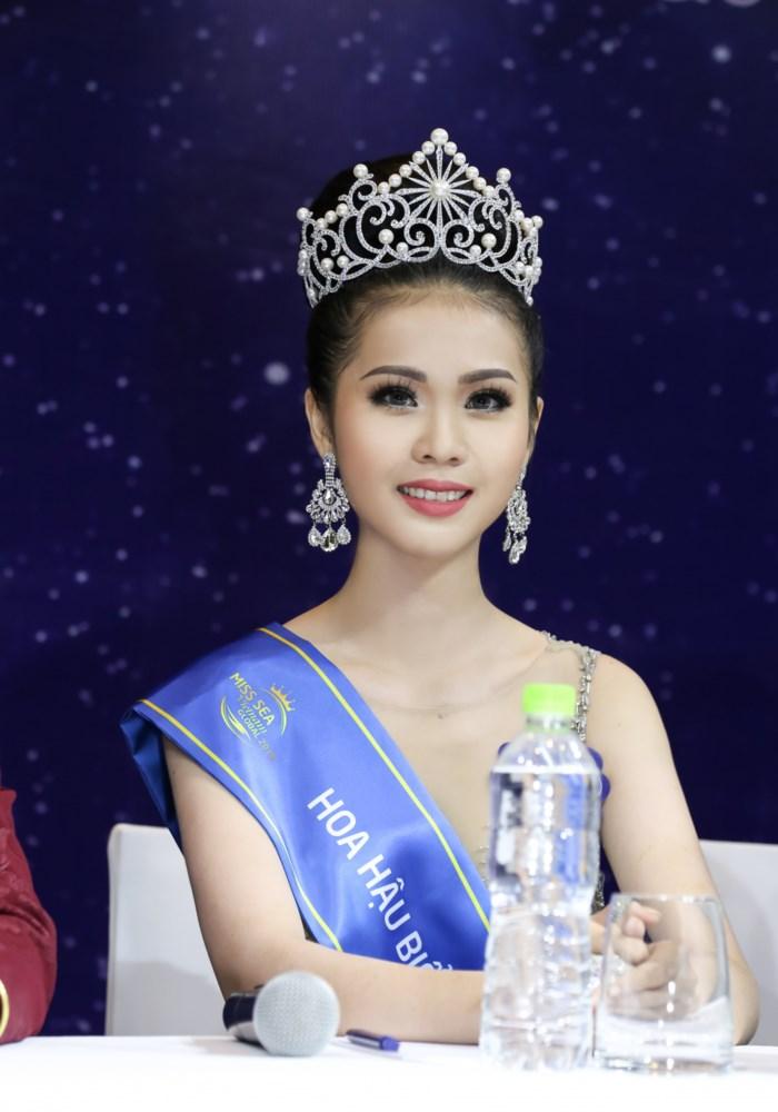 Hoa hậu Biển bị nghi