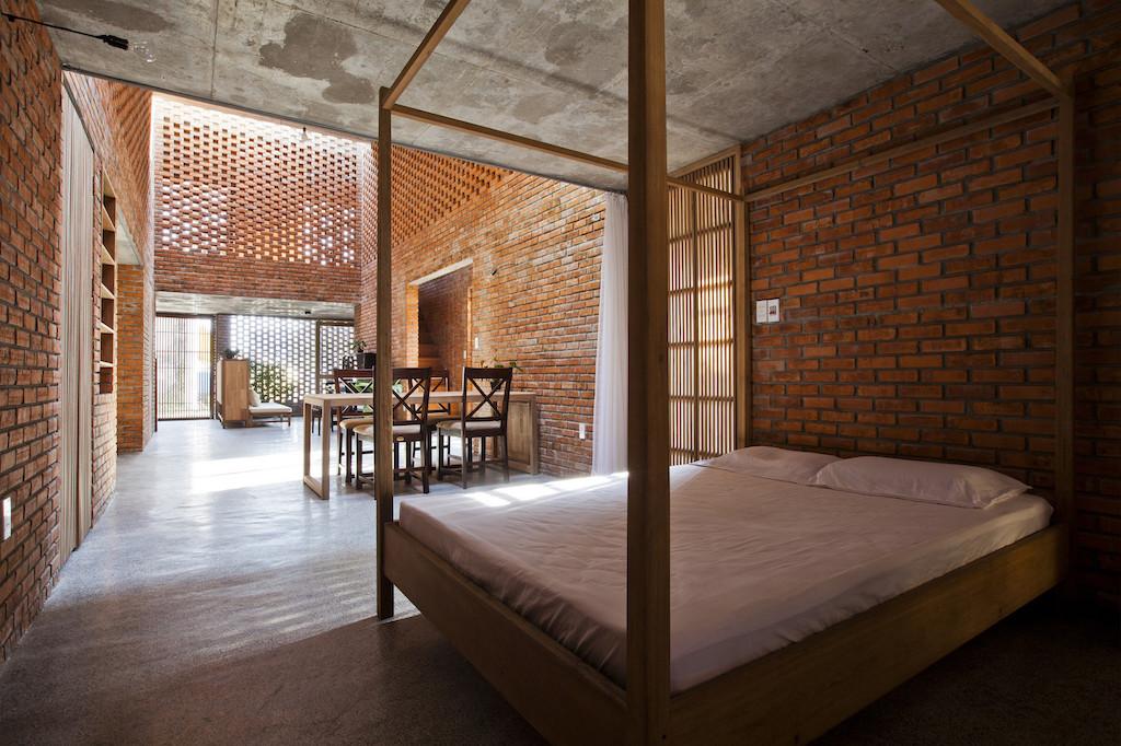 Nhà xây gạch nung không tô vữa có một không hai ở Đà Nẵng - Ảnh 8