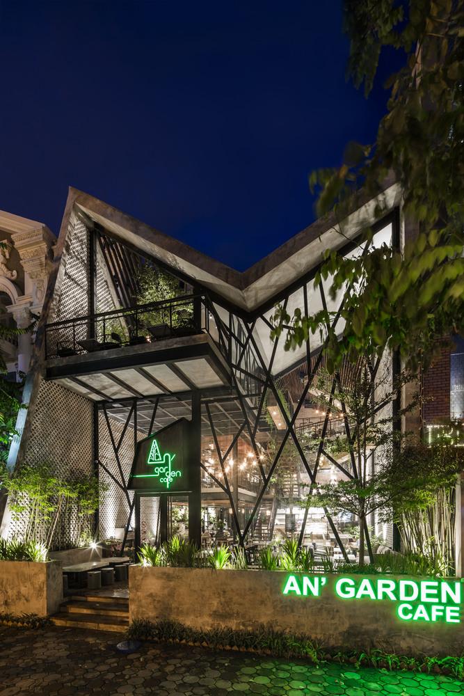 Thiết kế táo bạo: Mang vườn treo vào quán cà phê - Ảnh 11