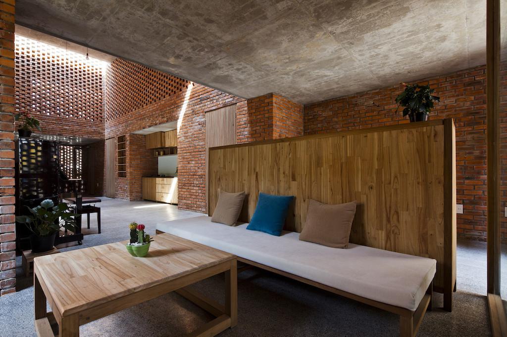 Nhà xây gạch nung không tô vữa có một không hai ở Đà Nẵng - Ảnh 5