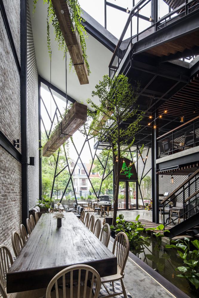 Thiết kế táo bạo: Mang vườn treo vào quán cà phê - Ảnh 5