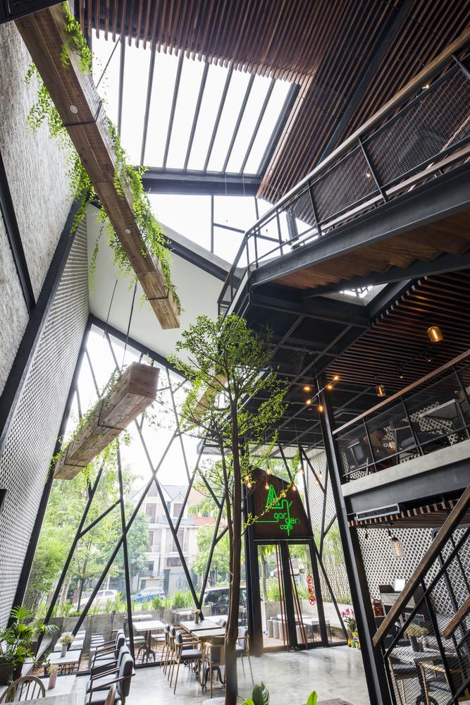 Thiết kế táo bạo: Mang vườn treo vào quán cà phê - Ảnh 6