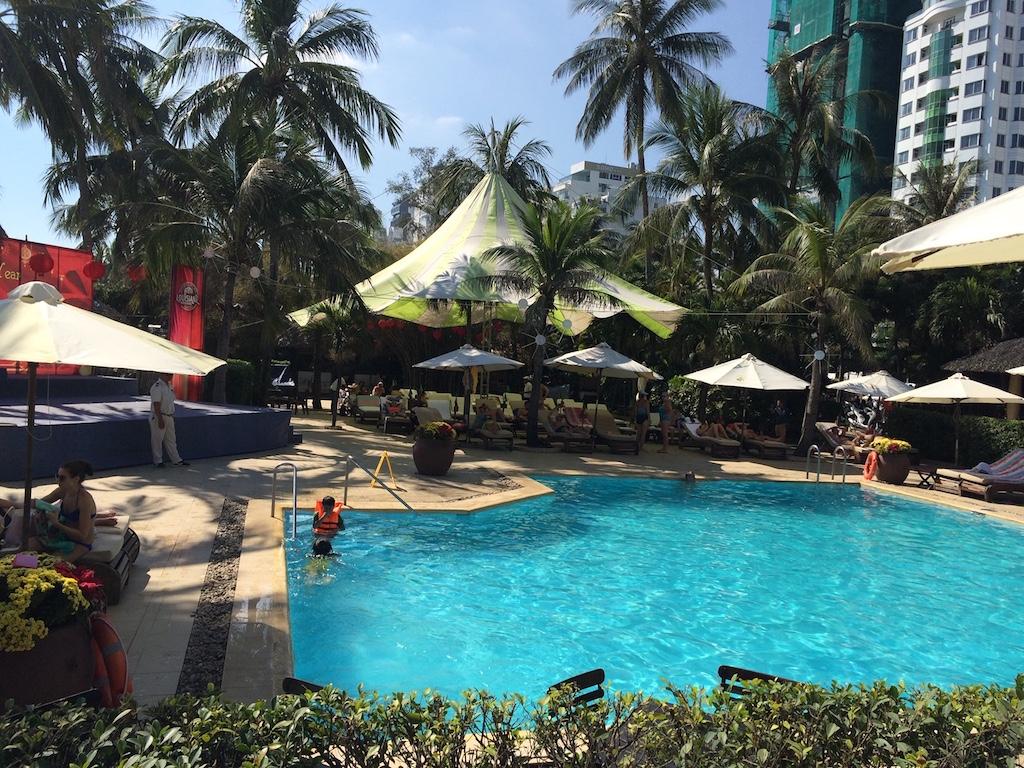 Khách đến Nha Trang cần lưu ý 22 khách sạn không đảm bảo điều kiện lưu trú này - Ảnh 1