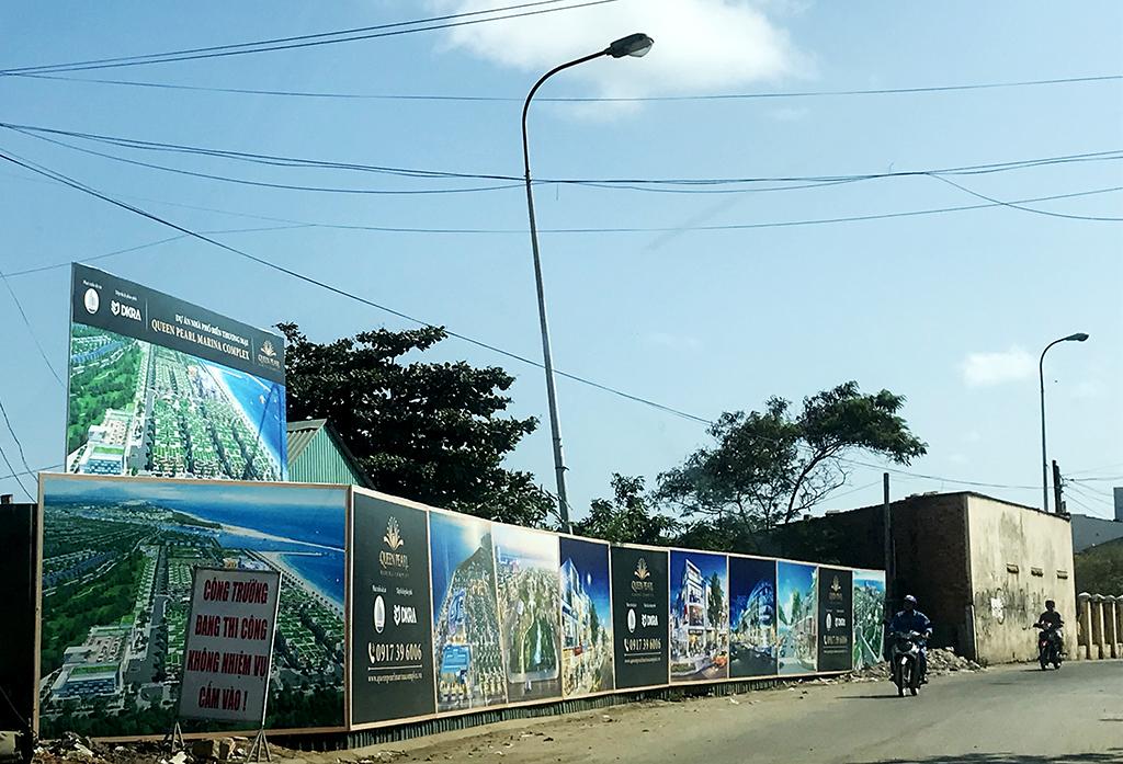 Bình Thuận: Hàng loạt dự án BĐS rao bán khi chưa đủ điều kiện bị 'tuýt còi' - Ảnh 1