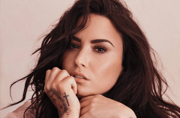 Vừa ăn mừng cai chất kích thích thành công chưa bao lâu, Demi Lovato phải gửi lời xin lỗi vì tiếp tục tái nghiện - Ảnh 1