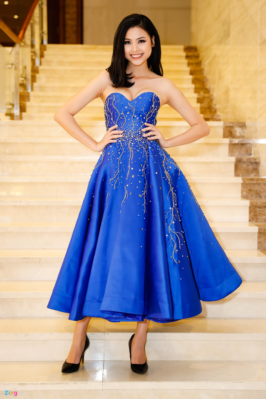 Đỗ Mỹ Linh được mẹ tháp tùng đi chấm thi Hoa hậu Việt Nam 2018 - Ảnh 2