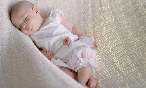 Những quan niệm SAI LẦM của bố mẹ về giấc ngủ của trẻ ít ai ngờ tới - Ảnh 3