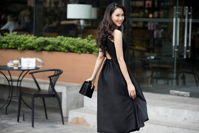 'Soi' phong cách thời trang của vợ Thái và 'tiểu tam' trong 'Hoa hồng trên ngực trái' ai quyến rũ hơn? - Ảnh 8