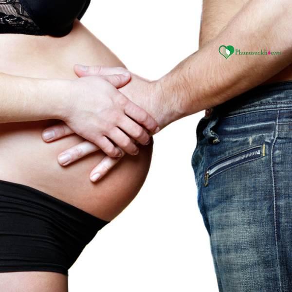 Những điều mẹ bầu nhất định phải biết về 'chuyện ấy' khi mang thai - Ảnh 1