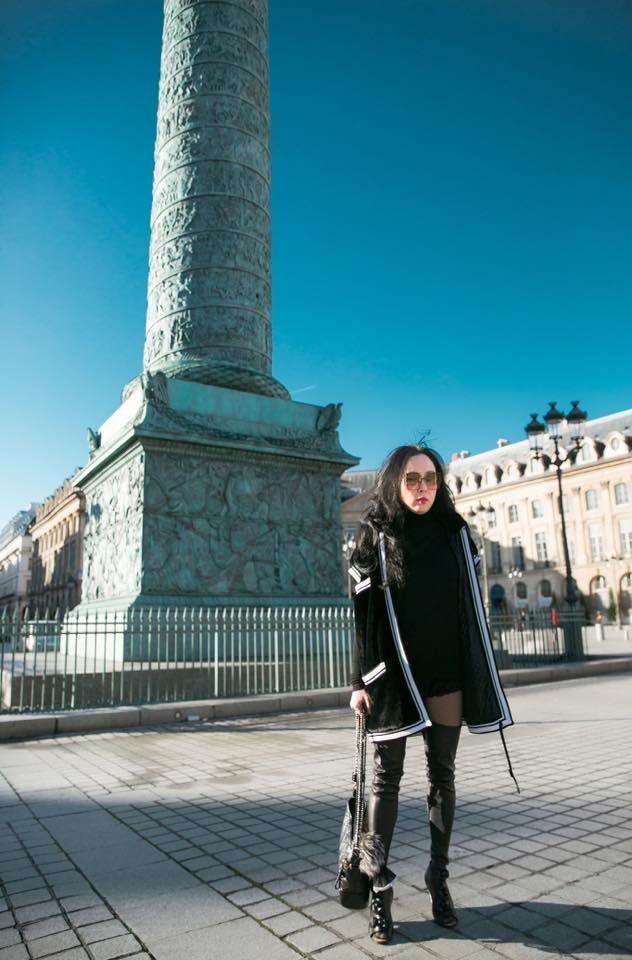 Diện mốt quần lạ dạo phố Paris, Phượng Chanel khiến Quách Ngọc Ngoan không dám rời mắt - Ảnh 6