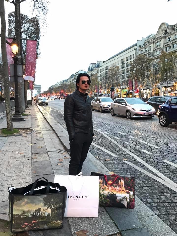 Diện mốt quần lạ dạo phố Paris, Phượng Chanel khiến Quách Ngọc Ngoan không dám rời mắt - Ảnh 2