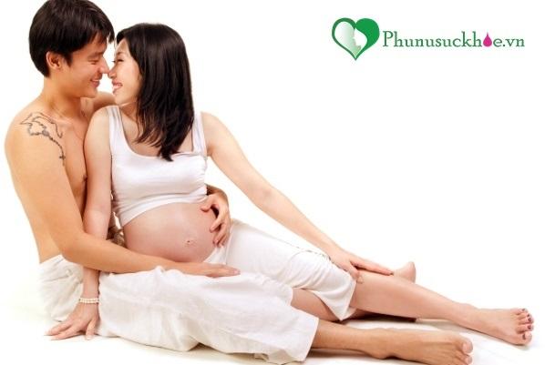Vô số lợi ích 'thần kỳ' nếu bà bầu làm 'chuyện ấy' khi mang thai - Ảnh 1