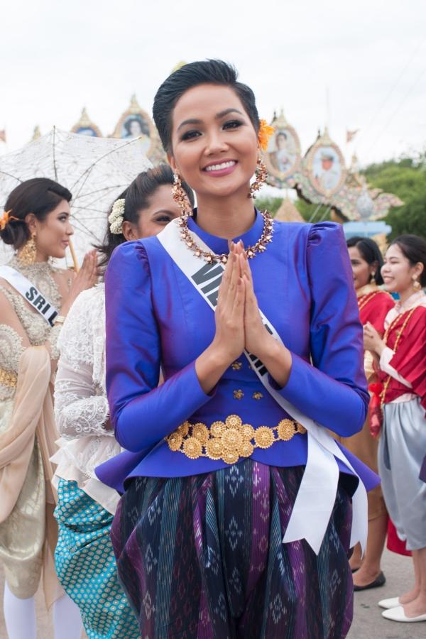 Hành trình từ cô gái Ê Đê kém tiếng Anh đến Top 5 Miss Universe 2018 - Ảnh 6