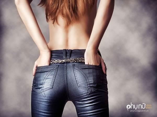 Nếu đang có vài chiếc quần jeans bó trong tủ quần áo, bạn không thể bỏ qua bài này - Ảnh 2