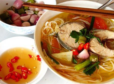 Đổi vị bữa chiều với món bún cá ngừ Nha Trang