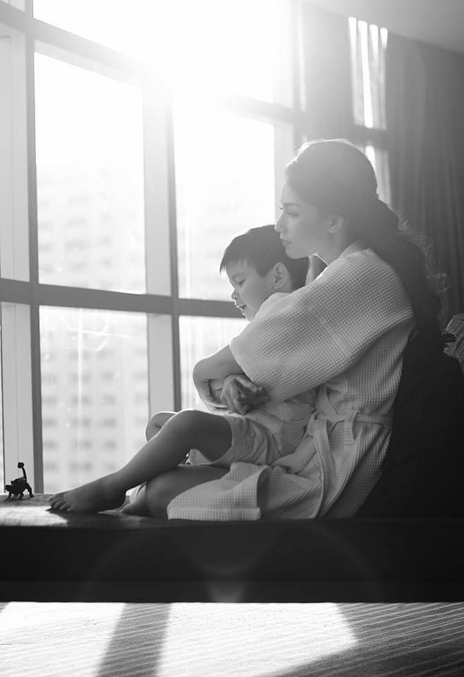 Hậu ly hôn giữa Quỳnh Chi và con trai đại gia thủy sản Diệu Hiền: Rơi nước mắt với tâm thư trải lòng của nữ MC sau 2 năm giành quyền nuôi con - Ảnh 5