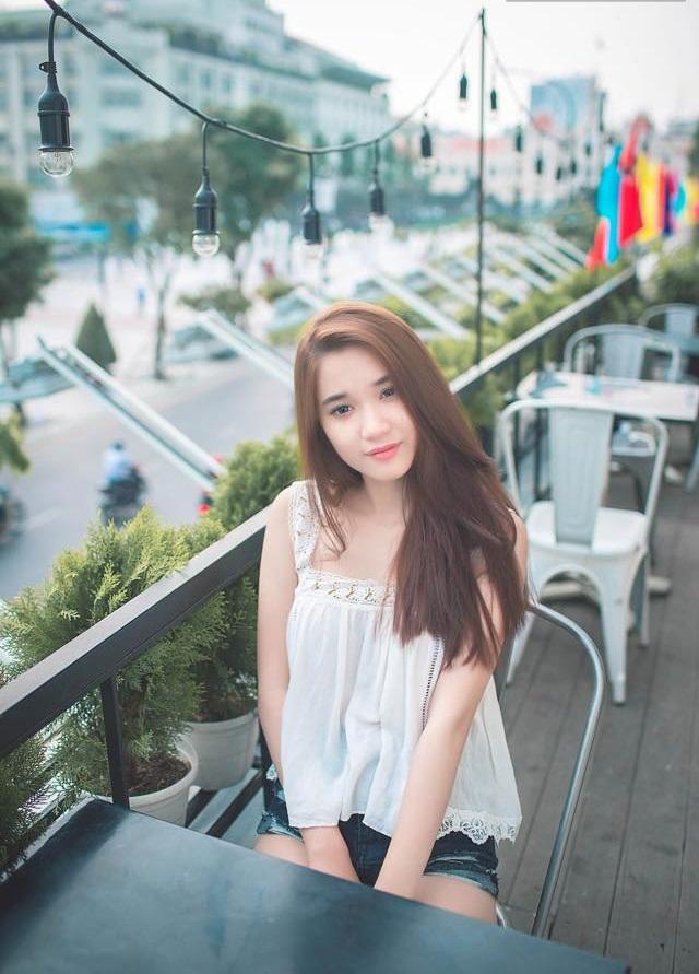 Gà cưng mới của ông bầu Vũ Khắc Tiệp: Quỳnh Hương