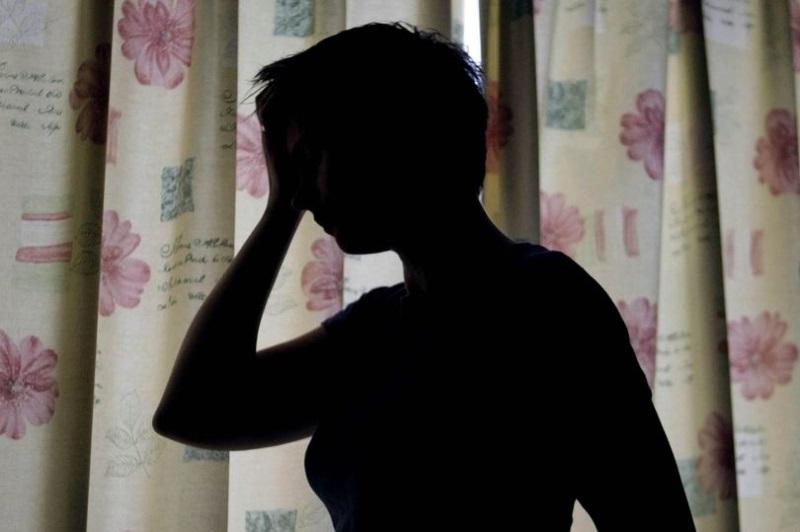 Nỗi ám ảnh kinh hoàng của hai cô gái bị cha ruột hiếp dâm trong nhiều năm liền - Ảnh 1
