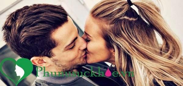 Đàn ông và phụ nữ nghĩ gì về nụ hôn trong lúc sex - Ảnh 2