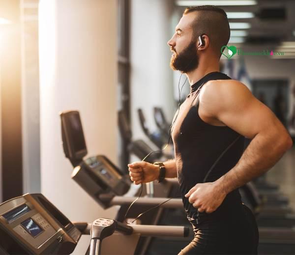 Sức khỏe tim mạch ảnh hưởng đến khả năng tình dục của nam giới như thế nào? - Ảnh 2