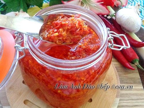 Tự làm dầu sả ớt để dành chế biến món ăn - Ảnh 7