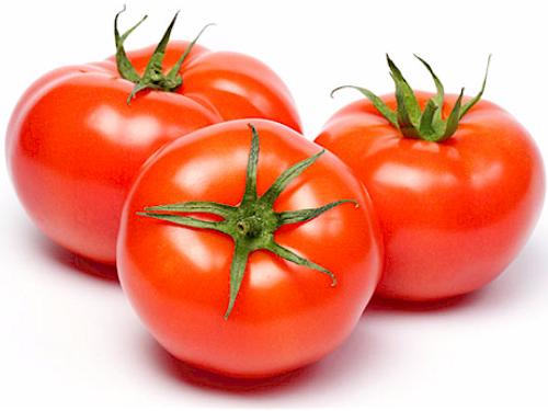Không chỉ là thực phẩm quen thuộc giúp bữa cơm thêm ngon miệng, cà chua còn có tác dụng hạ huyết áp