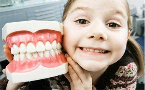 Đưa những chiếc răng khấp khểnh về đúng chỗ - Ảnh 2