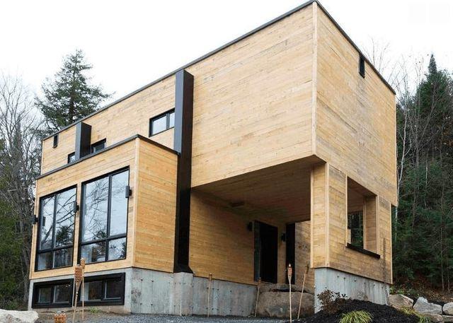 Mua bốn chiếc container để xây dựng một ngôi nhà độc đáo - Ảnh 2