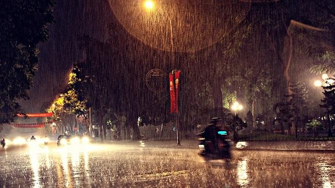 Dự báo thời tiết hôm nay 2/5: Ngày nắng, đêm mưa rào - Ảnh 1