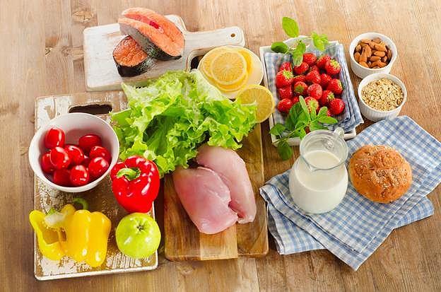 Bệnh nhân ung thư ăn kiêng thế nào để khỏi chết vì suy dinh dưỡng? - Ảnh 1