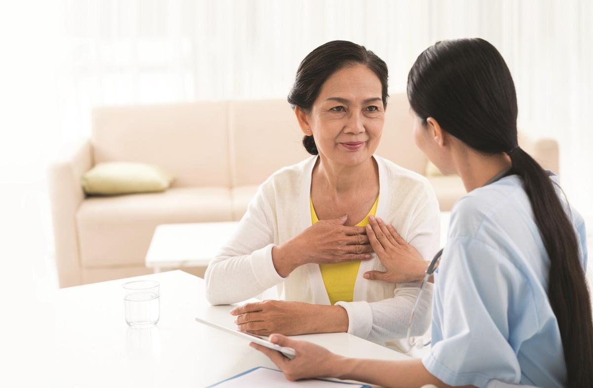 Việc cân bằng hormone estrogen đóng vai trò rất quan trọng trọng việc giữ cho trái tim của phụ nữ luôn khỏe mạnh