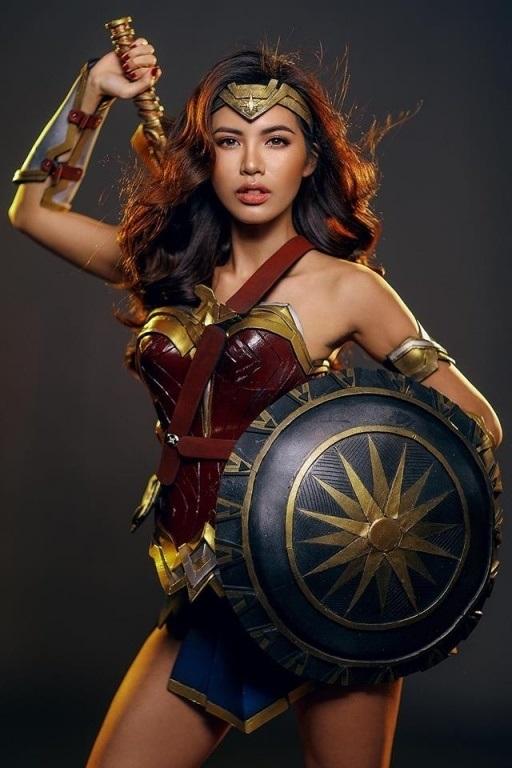 Sao Việt 'biến hóa khôn lường' trong dịp lễ hội Halloween 2017 - Ảnh 2