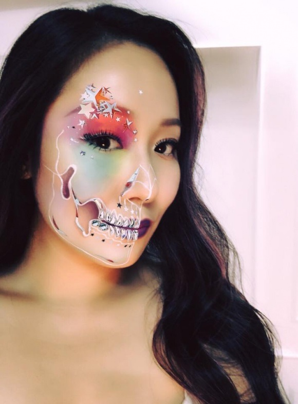 Sao Việt 'biến hóa khôn lường' trong dịp lễ hội Halloween 2017 - Ảnh 4
