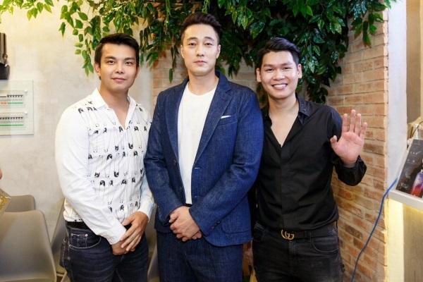 Sao Việt hạnh phúc khi được nắm tay, chụp ảnh bên mỹ nam phim 'Giày thủy tinh' - Ảnh 7