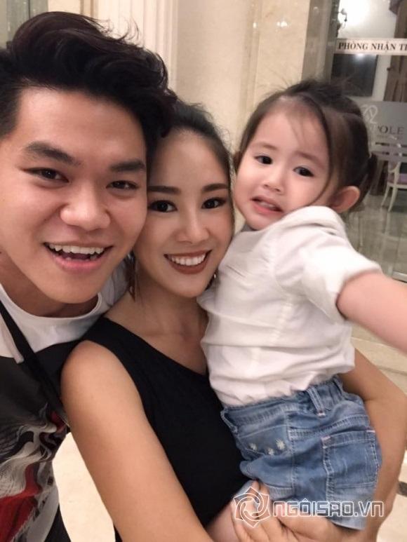 Lê Phương - Trung Kiên tay trong tay đến dự tiệc sinh nhật của con gái Vân Trang và chồng đại gia - Ảnh 5